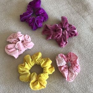 scrunchie pack! 5 for $8